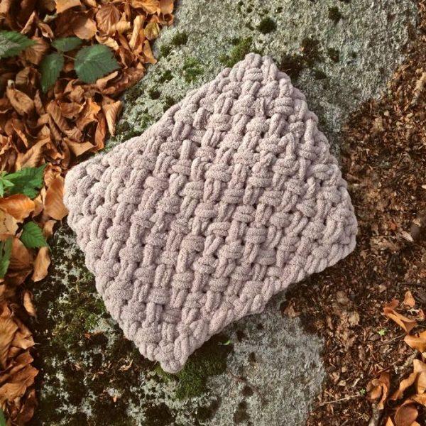 Зимен плетен шал